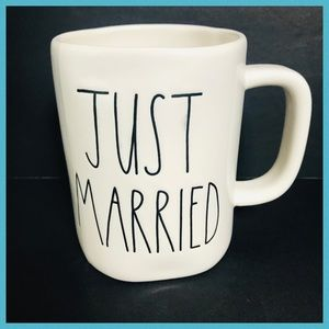 RAE DUNN JUST MARRIED COFFEE MUG ** SEE PICTURES**